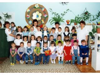 2001 Kiscsoport